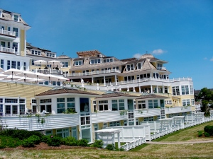 Facing the Ocean. Multi level decks